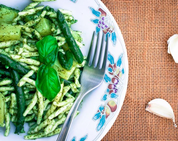 trofie-al-pesto-genovese-with-potatoes-and-green-beans