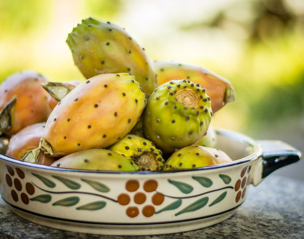 Fichi d'India - Prickly pear fruits from Sicily ready to be peeled