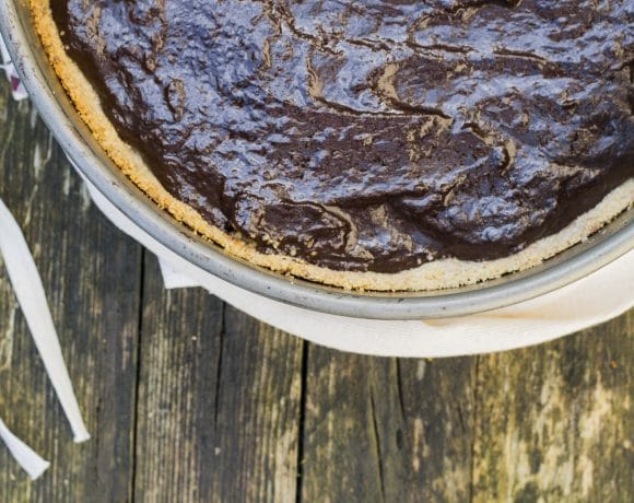 Guilt-free chocolate and pear tart - detail